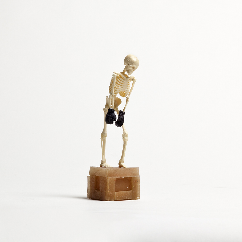 Skeleton with Boxing Gloves and Crate 2012